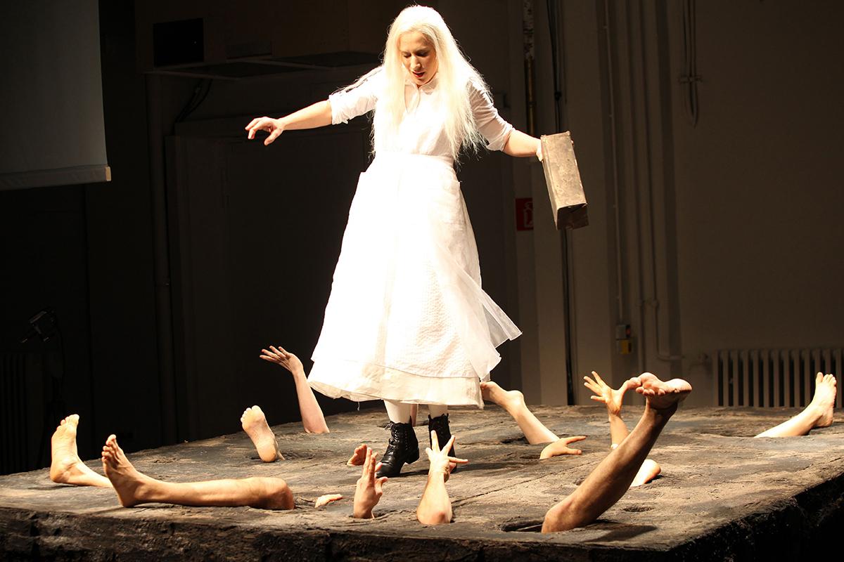 Alles ist erleuchtet  2009   Theater Heidelberg